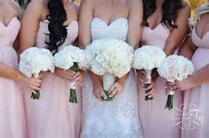 Wedding party amp bridal bouquet flower ideas austin wedding