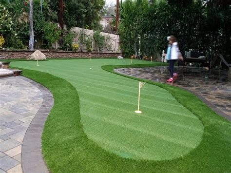 Backyard Putting Greens Cost Artificial Grass Putting Greens Willowbrook California