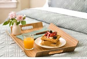 bett breakfast gourmet i bring my husband breakfast in bed