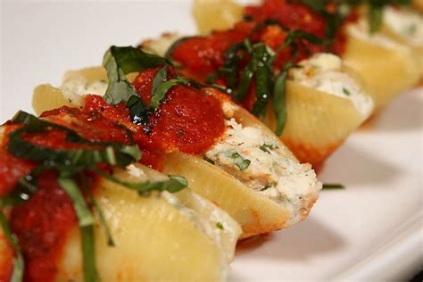 crab stuffed pasta shells crab recipes bumble bee tuna