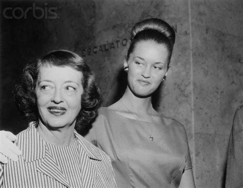 betty davis daughter bette davis daughter actress bette davis posing with