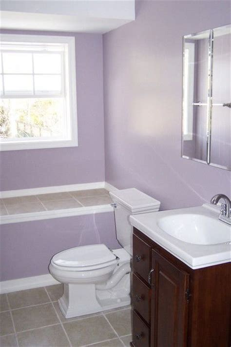 lavender bathroom walls 40 best lavender bathrooms images on pinterest lavender