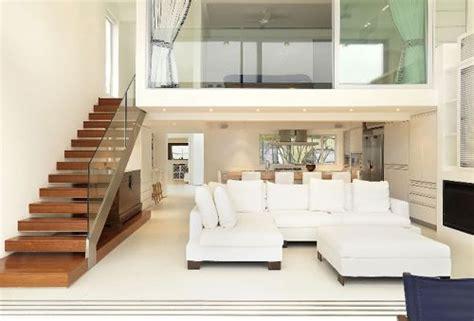 home design concept with beach background photo decore sua sala com escada de forma f 225 cil com essas super
