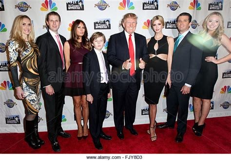 donald trump height in feet barron trump feet bing images