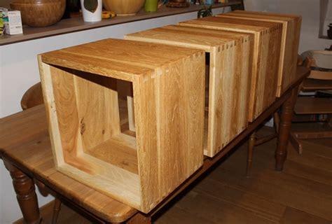 Cubes Bois Rangement by Fabriquer Des Cubes De Rangement En Bois Massif Avec