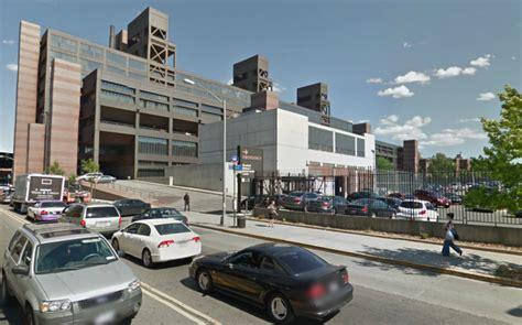 Flushing Parking Garage by Mpg Parking At 750 Broadway Parking
