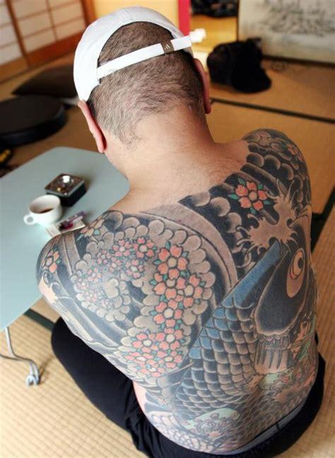 yakuza tattoo liver damage japan police capture 976 yakuza to prevent state of all