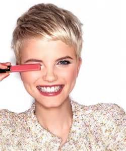 pixie haircuts for 30 year 30 chic pixie haircuts easy short hairstyle short pixie