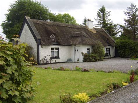 cottage kilkenny self catering cottage kilkenny emyvale cottage self