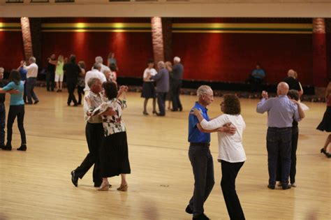 swing nights nashville swing dance club takes over brentwood skate