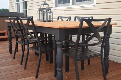 cedar farmhouse table outdoor farmhouse table harvest table farm table rustic