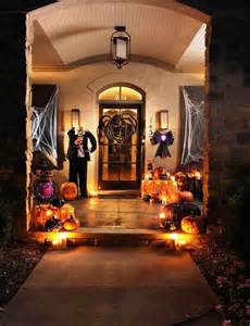 When Should I Decorate For Halloween Cute Halloween Front Porch Decorations To Greet Your Guests