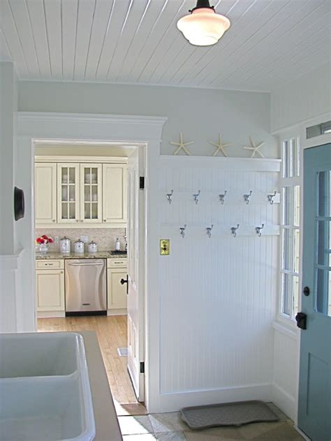 Laundry Room Entryway by Mudrooms Should You Stage One In Your Listing
