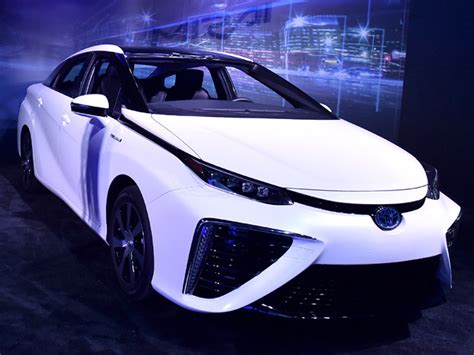 Cover Mobil Khusus Toyota Yaris toyota mirai ala back to the future