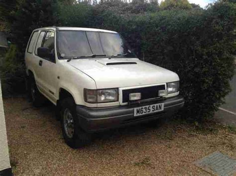 i just got a 1995 isuzu trooper and it wont start i think it may have something to do with anti isuzu 1995 trooper swb 3 1l turbo diesel white car for sale