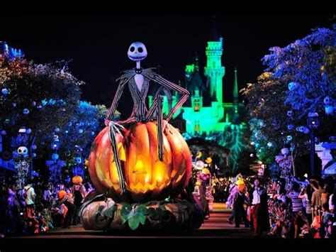disney podcast hong kong halloween, epcot food & wine