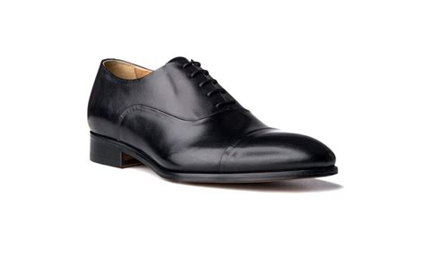 black leather oxford shoes cap toe oxford shoes in black antique italian leather