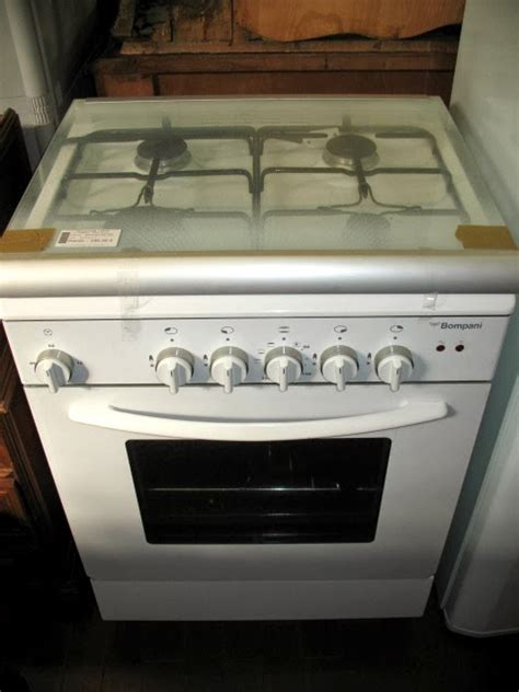 Kompor Oven La Germania service kompor gas ariston bompani indesit italina itagas la germania modena tecnogas diamante