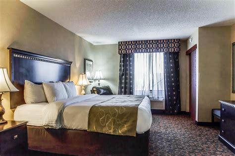 comfort suites four seasons discount coupon for comfort suites four seasons in