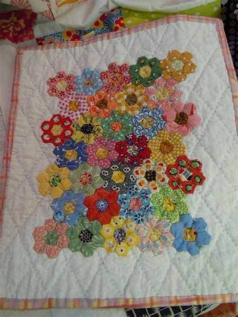How To Put Together A Grandmother Flower Garden Quilt Grandmothers Flower Garden Quilt Pattern