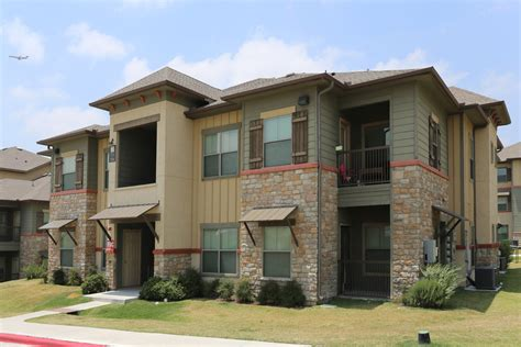 2 bedroom apartments in laredo tx shiloh crossing apartments laredo tx apartments