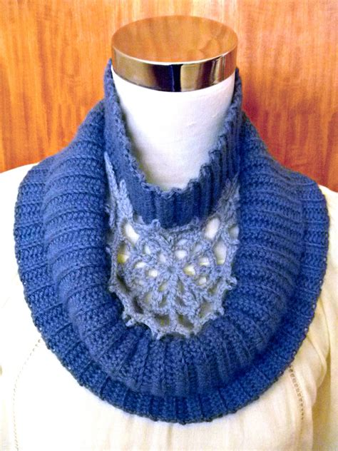 the new crochet cowl scarves