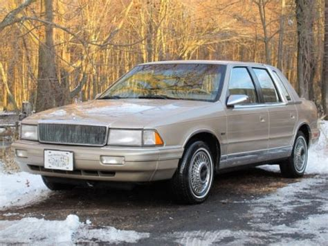 how to fix cars 1992 chrysler imperial free book repair manuals service manual how do i fix 1992 chrysler imperial sliding side door 92 dodge dynasty fuse