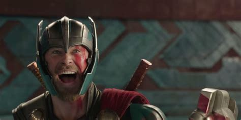 film thor ragnarok tayang thor ragnarok s quot friend from work quot gag was improvised by