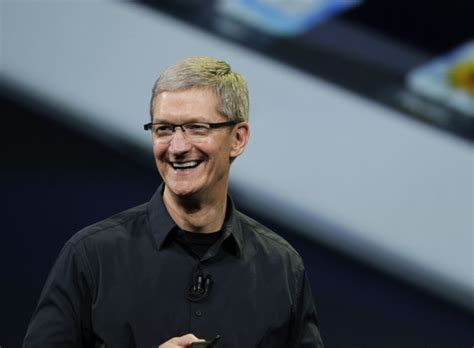apple ceo apple ceo tim cook emerges from steve jobs shadow