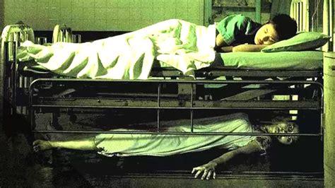 al letto terrore sotto al letto 5 mostri reali nascosti sul