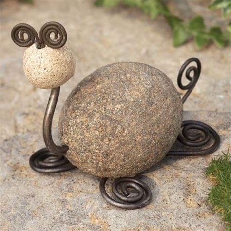 Handmade Rock - river and wire garden tortoise crafts and projects