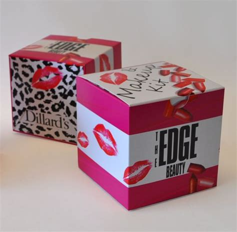 Giveaway Boxes - custom giveaway promotional boxes designed on thepaperworker when a gift comes in a