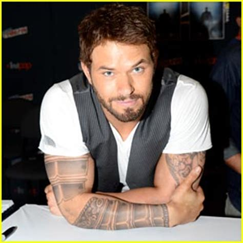 kellan lutz tattoos kellan lutz hercules trailer now kellan