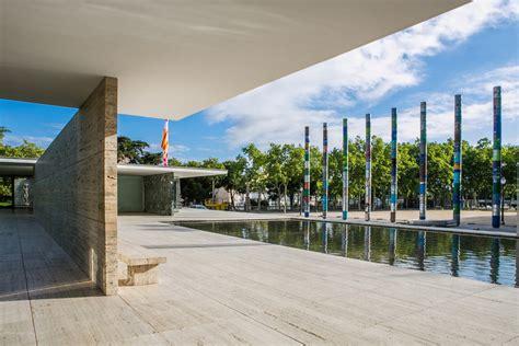 patio interior en aleman mies van der rohe oficina plataforma arquitectura