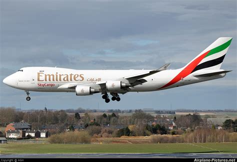 emirates cargo oo thd emirates sky cargo boeing 747 400f erf at li 232 ge