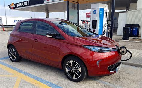 carro renault electrico un carro para recargar en casa los inconvenientes coche el 233 ctrico ii de madrid a