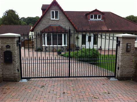 dog gates for the house uk gates for the house uk 28 images gates picture of sandringham house sandringham
