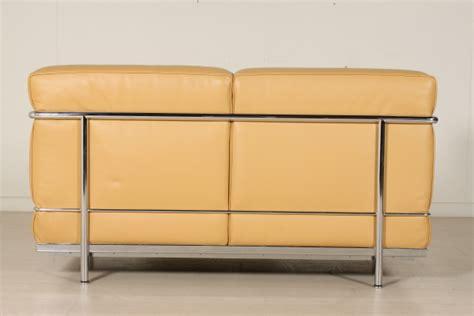 divani le corbusier divano le corbusier divani modernariato dimanoinmano it