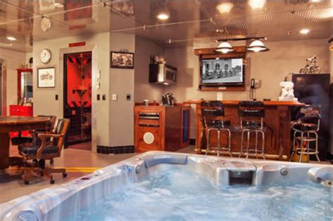 themed hotel in nh adventure suites boutique hotel north conway new