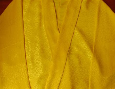 saffron and silk our prayer saffron silk tibetan wonju blouse little moon tibetan