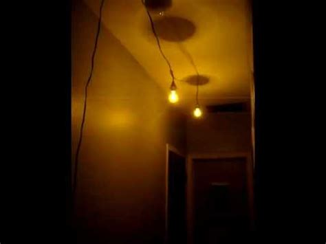What Causes Lights To Flicker by Flickering Light Bulbs