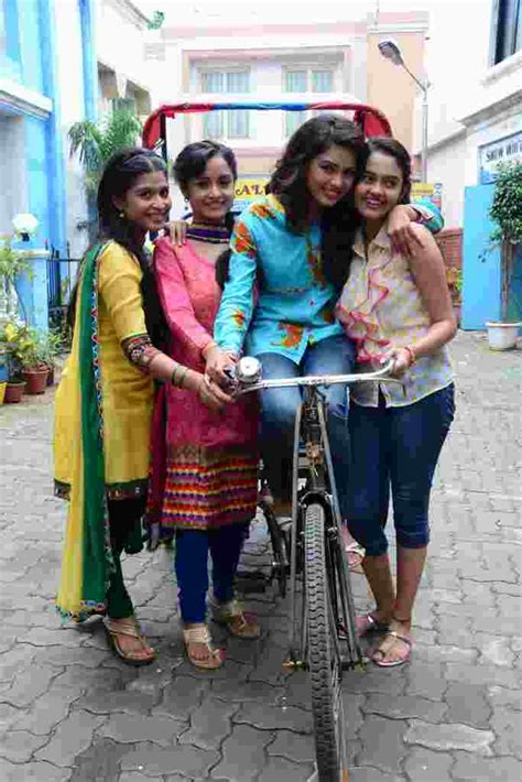 shastri sisters pin devyani on star pravah free mp4 video download 1 on