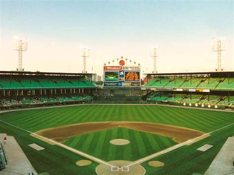 comiskey park history      chicago white sox  ballpark