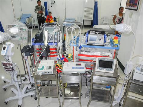equipment used in the emergency room j r borja general hospital quality hospital care for the poor kagay an 174