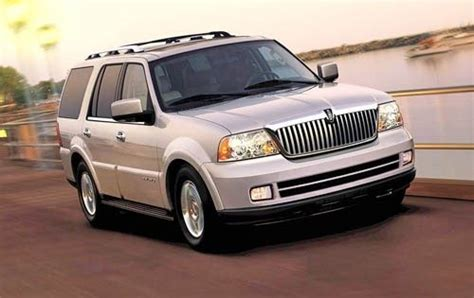 lincoln suv 2005 used 2005 lincoln navigator for sale pricing features