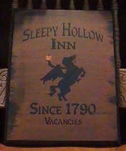 Sleepy Hollow Bed And Breakfast Sleepy Hollow Prims Halloween Decorations Witches Decor