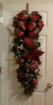 137 best christmas swags wreaths images on pinterest