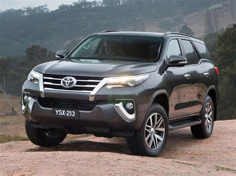 Toyota Fortuner Durable Premium Wp Car Cover Army Series 2016 toyota fortuner 7