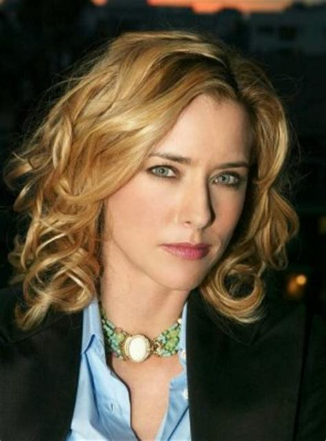 celebrity hairstyles and haircuts | tea leoni