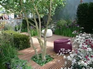 Ideas For A Small Garden Small Garden Design Ideas Corner